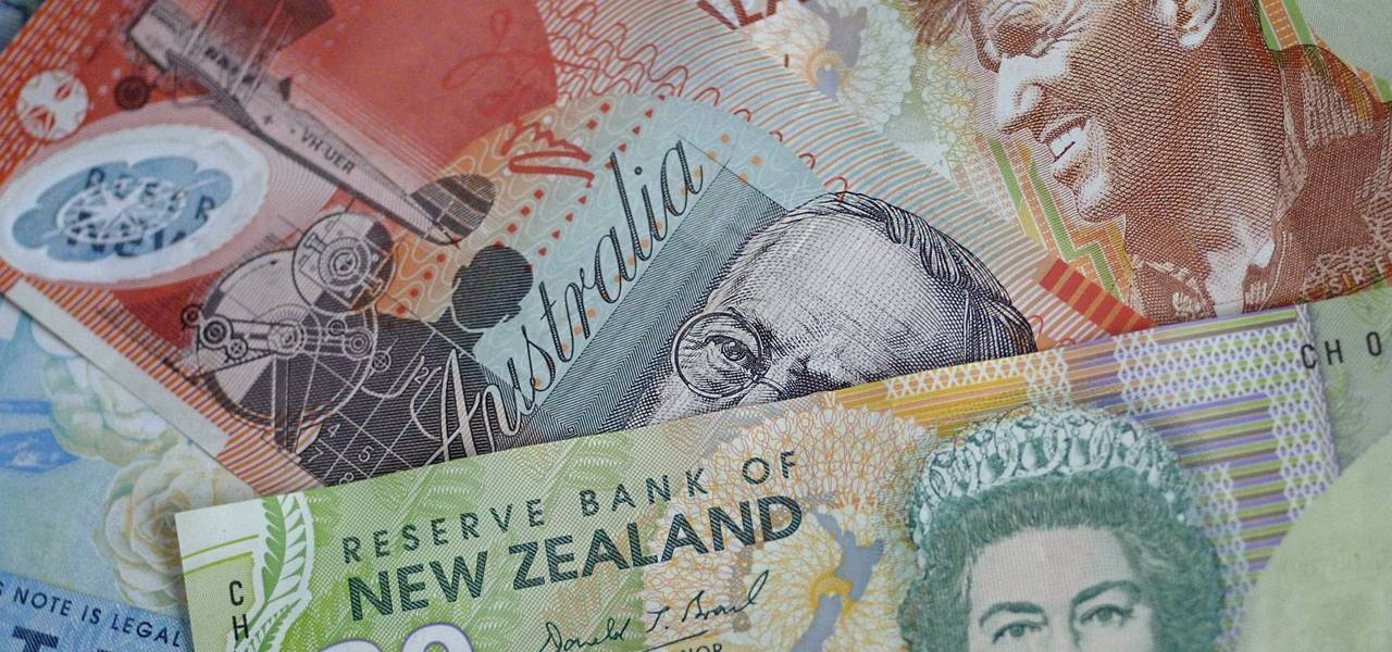 Aussie and Kiwi decrease vs. greenback in late trade