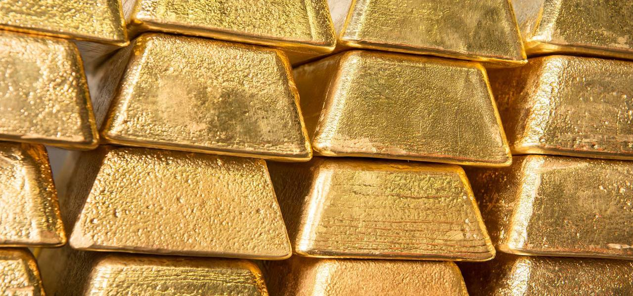 Gold reaches fresh 4-week maximums on USD selling