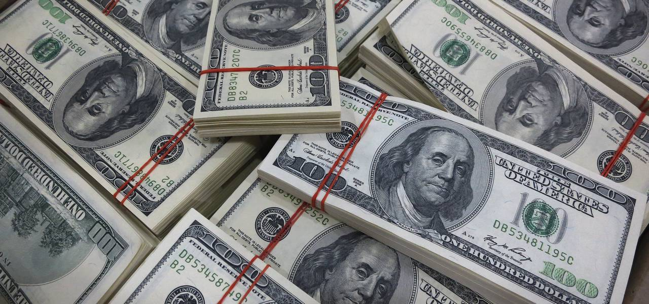 Greenback keeps to 4-month minimums ahead of American data