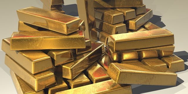 Gold keeps going up as greenback softens ahead of American inflation data Commodity News