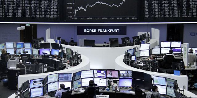 European stock indices change a bit Stock News