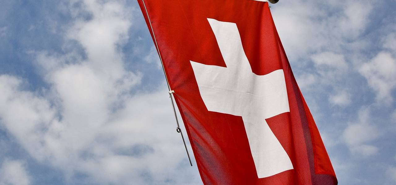 Swiss trade surplus dives to 2.3 billion francs in May