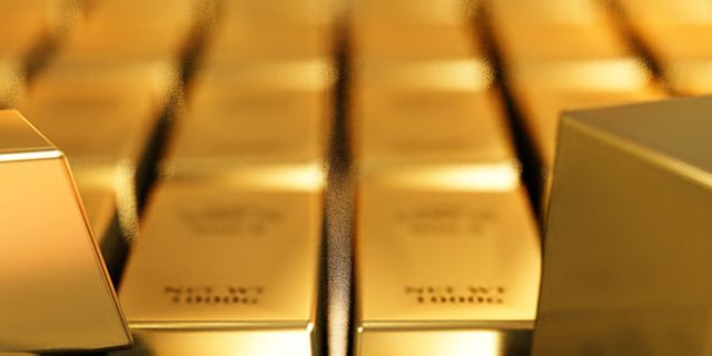 Gold sinks as copper dives to its lowest value for a year Commodity News