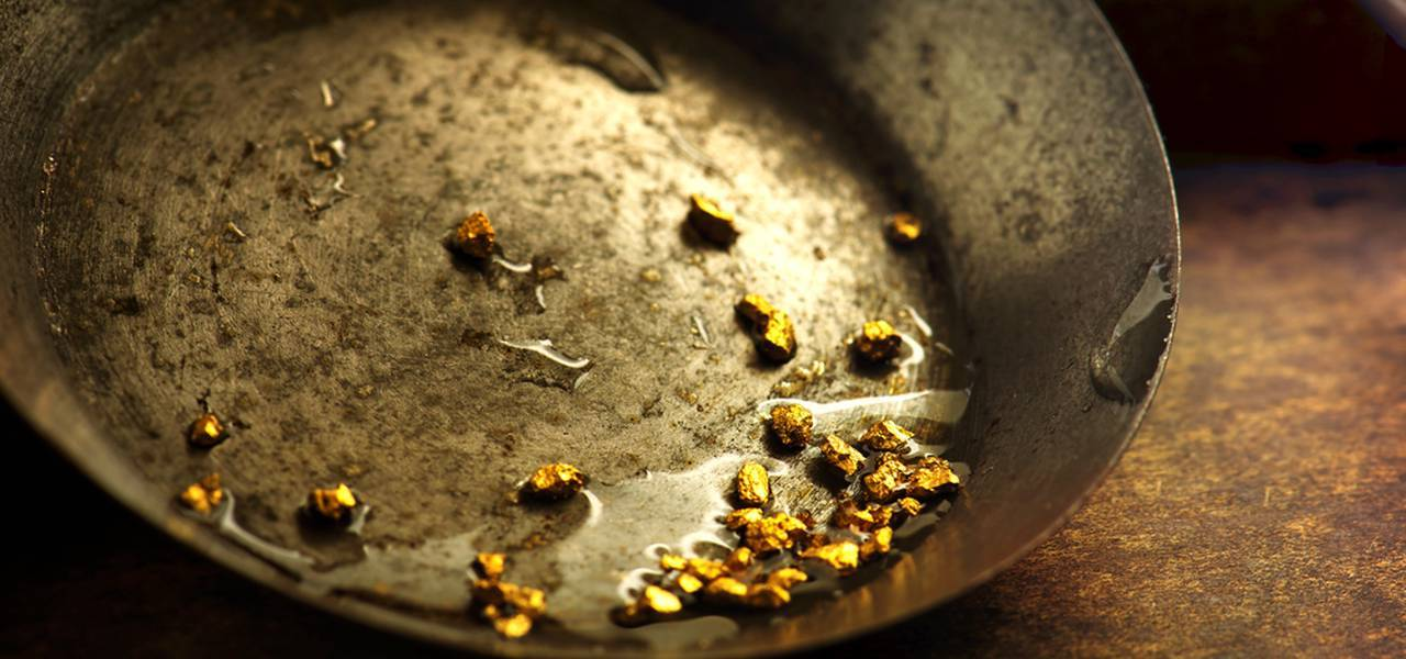 Gold keeps diving on jobless data