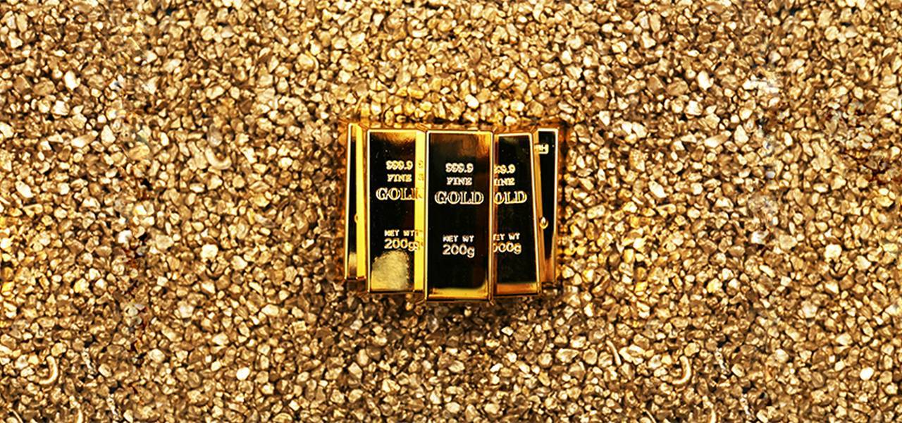 Gold is underpinned by wavering US currency