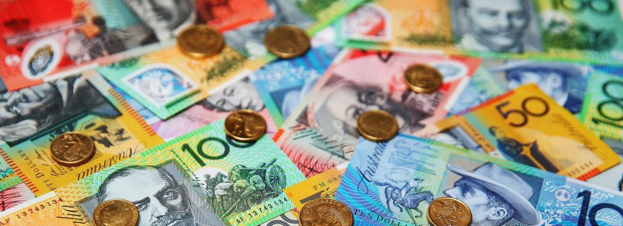 Australian dollar goes down on dismal GDP data