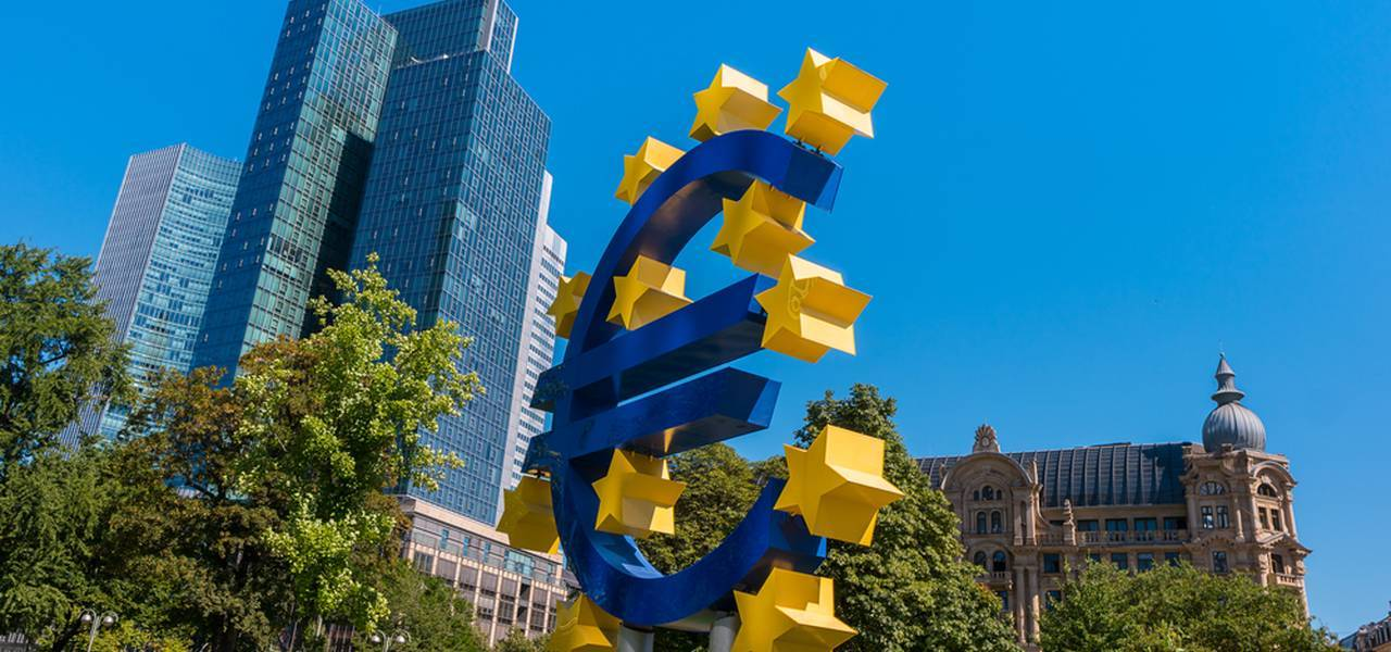 Annual inflation is updated downwards to 1.9% in euro zone