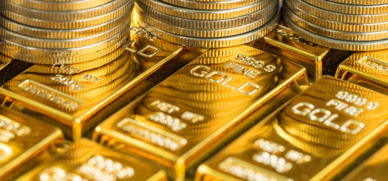 Gold surges to fresh 9-month maximums