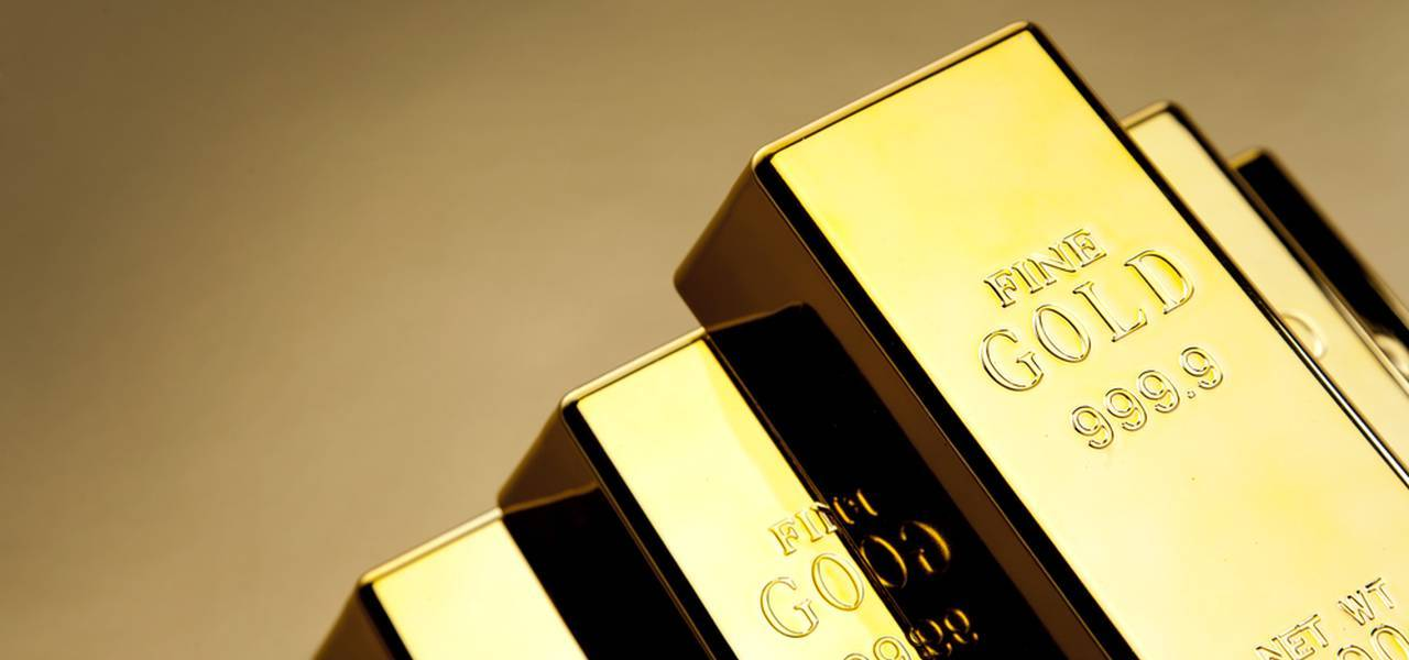 Gold jumps to $1,300
