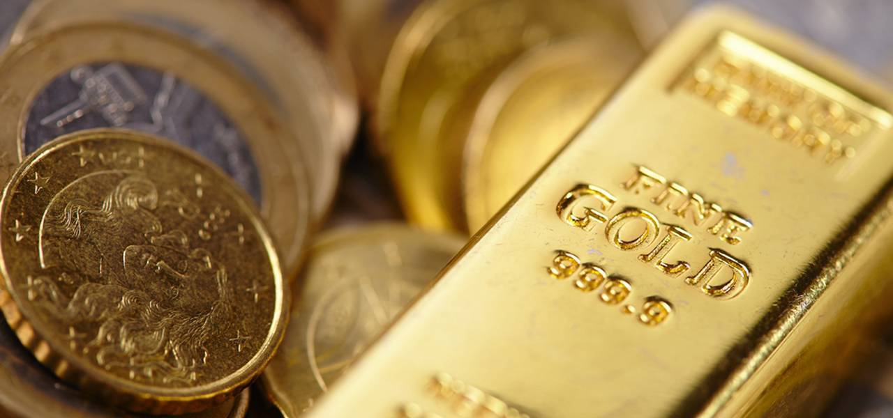 Gold demonstrates fresh one-month maximum