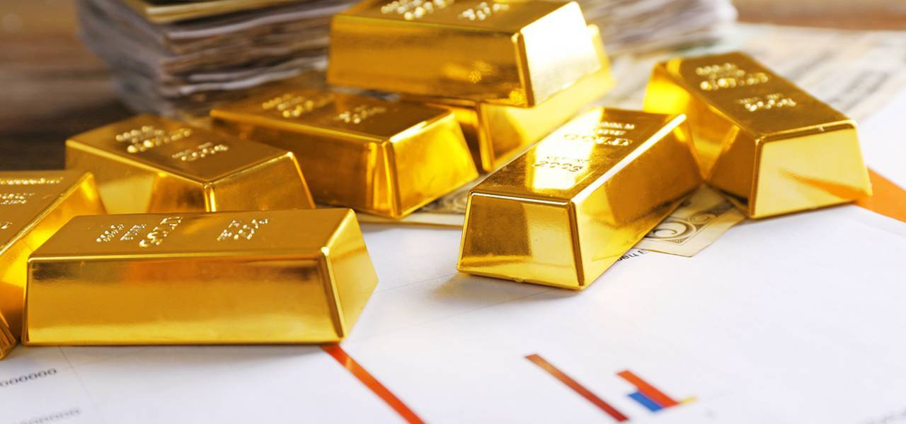 Gold concludes up