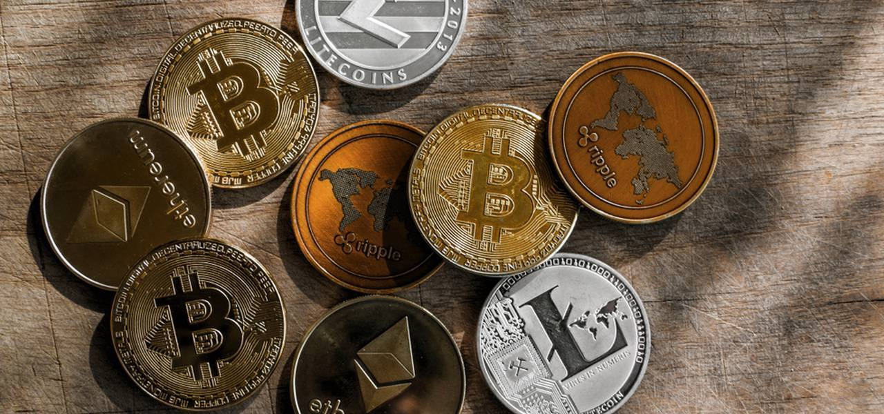 Digital currencies recover