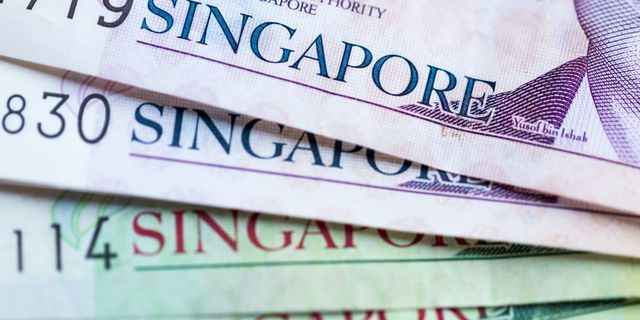 USD/SGD jumps by 44 pips during the day
