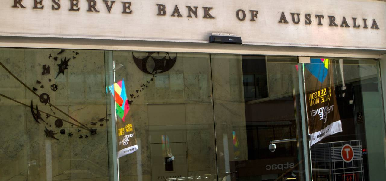 Australian major bank doesn't intend to follow global rate lifts