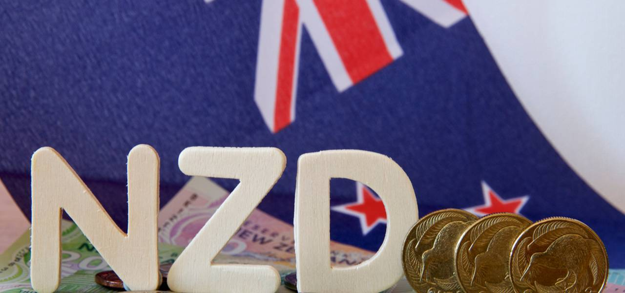 What do analysts expect from the NZD today?