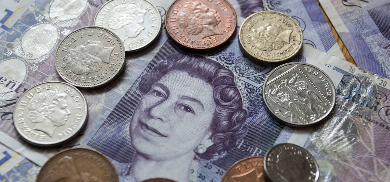 GBP/USD: pair declining since 'Double Top' formed