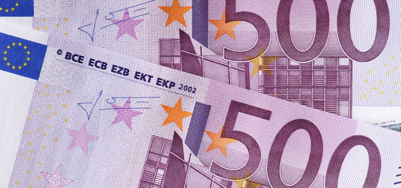 EUR/USD: 'Pennant' pattern pushed price higher