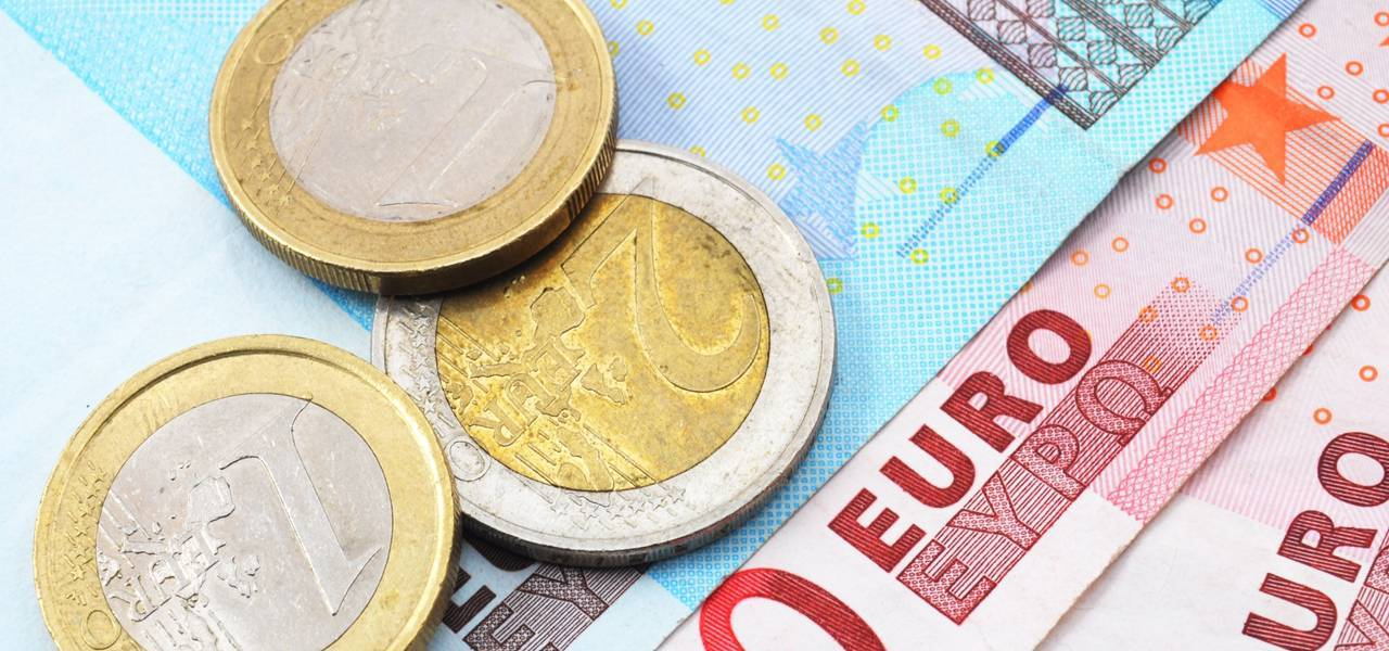 EUR/USD: 'Triple Top' led to decline