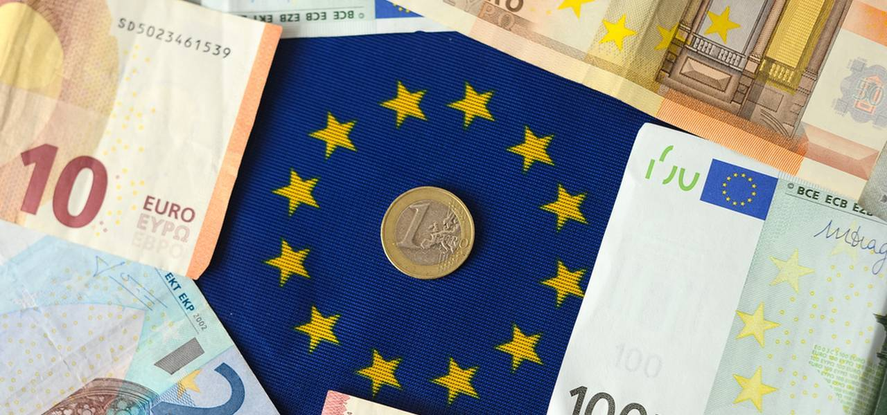 EUR/USD: euro goes to June's lows