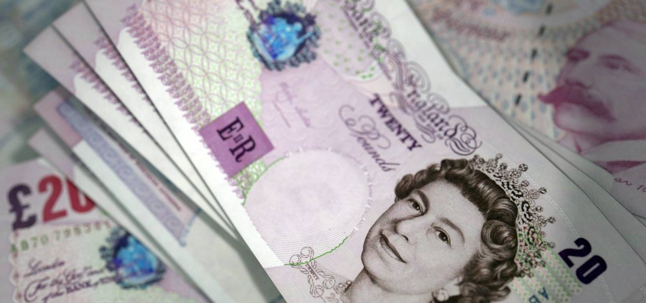 GBP/USD: pound updated October's lows