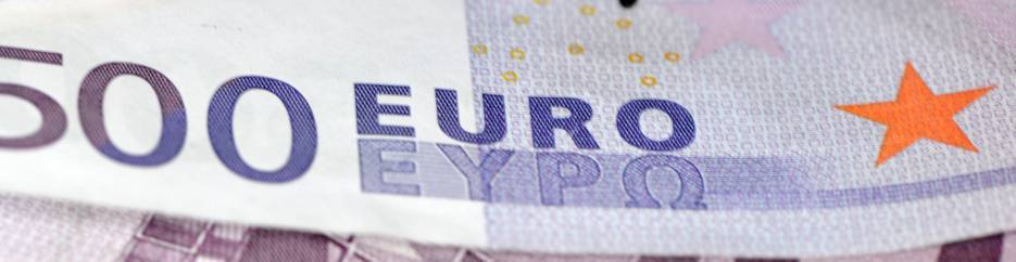 EUR/USD: euro returned inside a Cloud