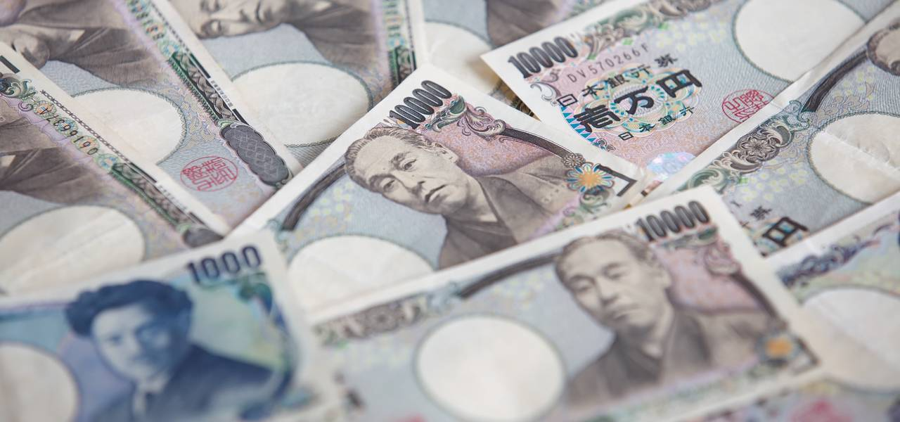 "USD/JPY: ""Tweezers"" and ""Hammer"" on the table"