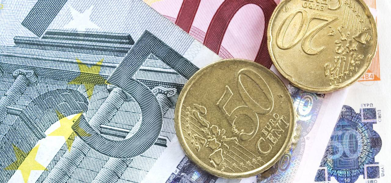 EUR/USD: bears faced with support