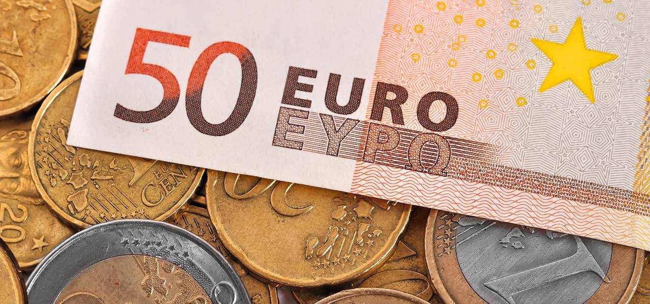 "EUR/USD: bearish ""Engulfing"" pattern"
