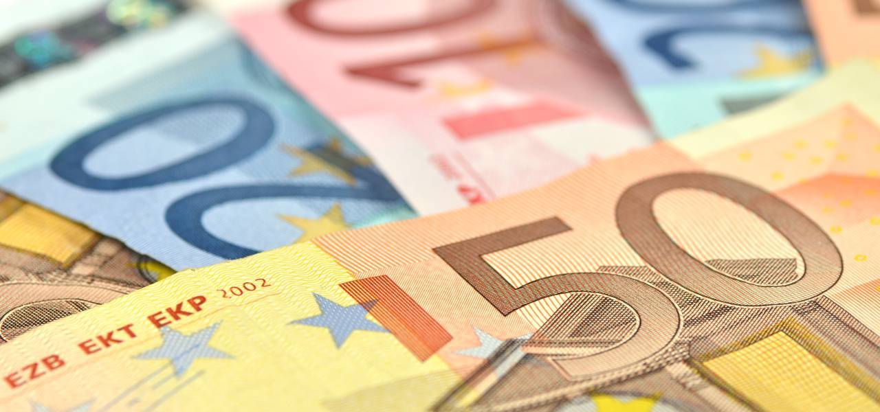 "EUR/USD: price reached upper ""Window"""