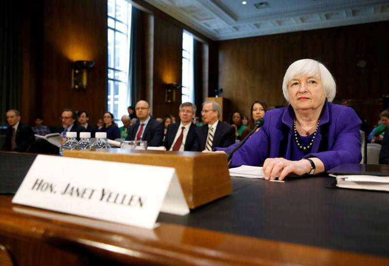 2017-02-14T153349Z_1_LYNXMPED1D14O_RTROPTP_3_USA-FED-YELLEN_original.jpg