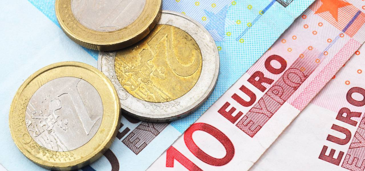 EUR/USD: resistance is at 1.2456
