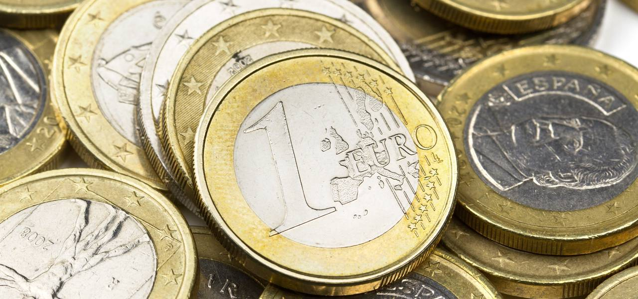 EUR/USD: market to reach 55 Moving Average