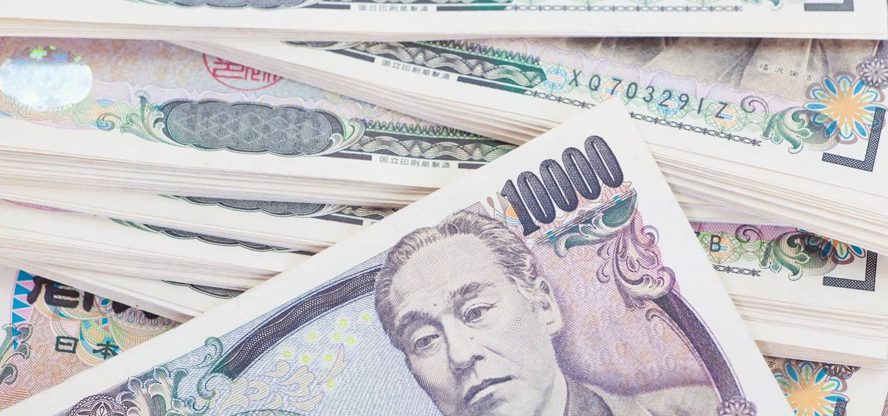 USD/JPY: 'Shooting Star' on the upper 'Window'